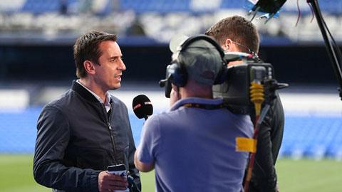 Neville không tin Arsenal đủ bản lĩnh để vô địch