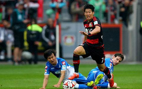 Son Heung-min trong màu áo Leverkusen
