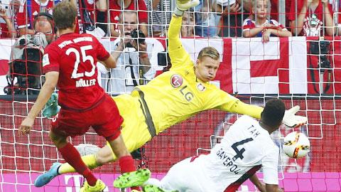 Thomas Mueller vừa kỷ niệm trận thứ 200 tại Bundesliga bằng cú đúp vào lưới Leverkusen