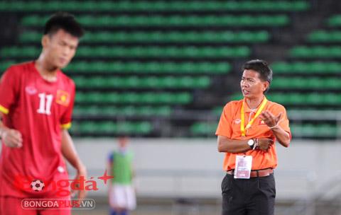 Tường thuật U19 Việt Nam 2-0 U19...