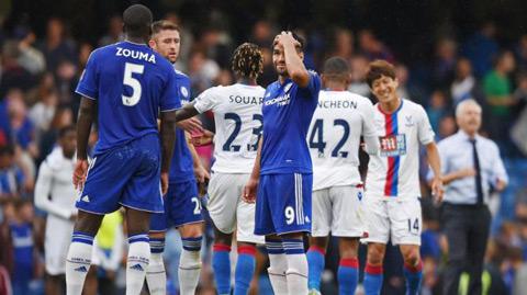 Chelsea hiện đã kém đội đầu bảng Man City 8 điểm