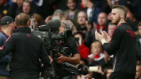Để được ra sân thường xuyên, De Gea có thể phải ký hợp đồng mới với M.U