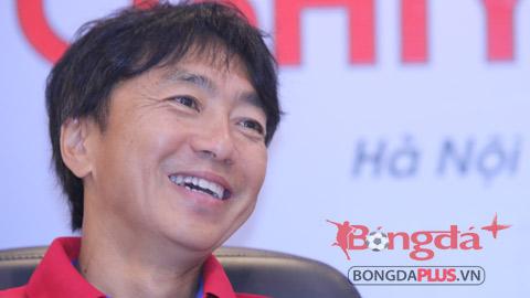 HLV Miura đánh giá cao tính cạnh tranh ở V.League 2015