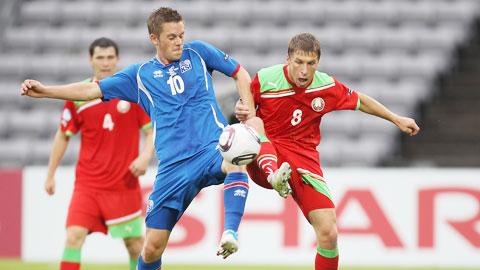 Với đẳng cấp vượt trội, Iceland (trái) sẽ không khó giành chiến thắng