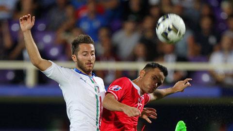 Bertolacci (trái) vừa dính chấn thương trong trận Italia thắng Malta hôm giữa tuần