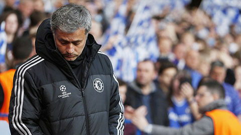 Không thuyết phục được Pogba, HLV Mourinho sẽ phải đau đầu về bài toán nhân sự