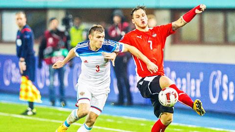 Chỉ cần giành 1 điểm, Arnautovic (phải) và đồng đội sẽ chính thức giành vé dự VCK EURO 2016