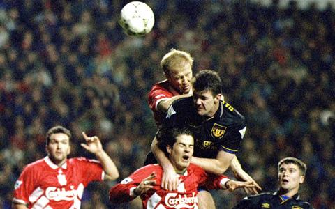 Cuộc đối đầu giữa 2 đội luôn diễn ra rất căng thẳng và kịch tính