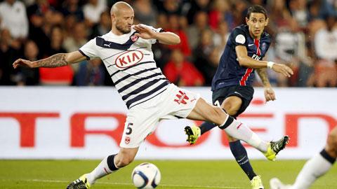 Những đối thủ không xứng tầm ở Ligue 1 đang ngăn cản sự tiến bộ của PSG (phải)