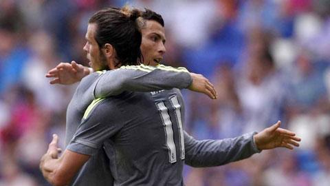Cái ôm đã xua tan tất cả những đồn đoán bất hòa giữa Ronaldo và Bale