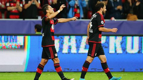 Chicharito đã có bàn thắng đầu tiên cho đội bóng mới