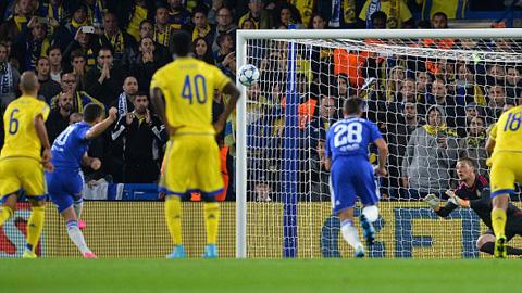 Hazard không có duyên ghi bàn ở trận gặp Maccabi Tel Aviv