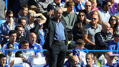 Mourinho chọc tức Wenger, bầu Costa là cầu thủ hay nhất trận