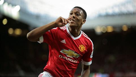 Martial đang trở thành một thần tượng mới ở Old Trafford