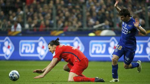 Ibrahimovic (trái) dường như đã đánh mất sự thính nhạy trước khung thành đối phương