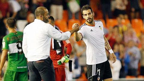 Valencia mới có đúng 1 trận thắng ở La Liga mùa này