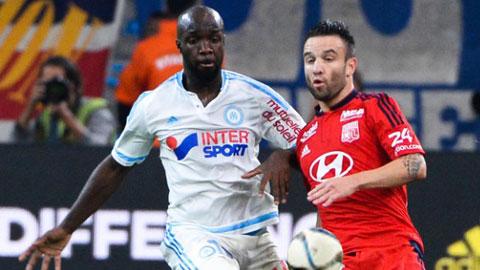 Lassana Diarra (trái) và đồng đội đã thi đấu đầy quả cảm trước Lyon