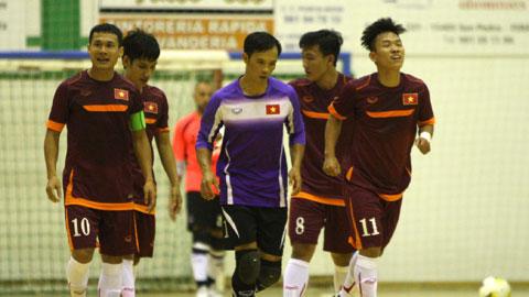 ĐT futsal Việt Nam đã có chiến thắng đầu tiên tại Tây Ban Nha