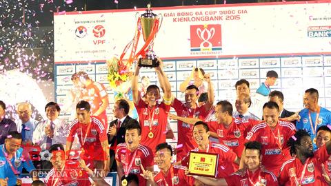 B.Bình Dương giành chức vô địch Cúp Quốc gia sau 21 năm chờ đợi - Ảnh: Quốc An
