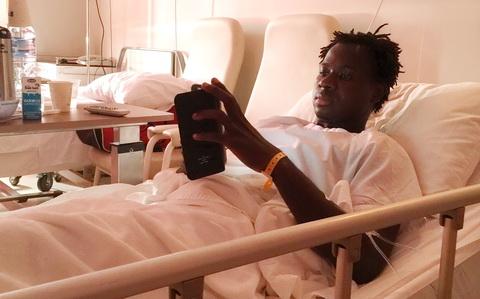 Sức khỏe Abass đã ổn sau ca phẫu thuật vào rạng sáng nay. Ảnh: Minh Châu