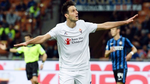 Kalinic lập hat-trick giúp Fio hủy diệt Inter