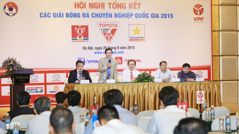 Ông Phạm Ngọc Viễn - Tổng giám đốc VPF - phát biểu tại Hội nghị