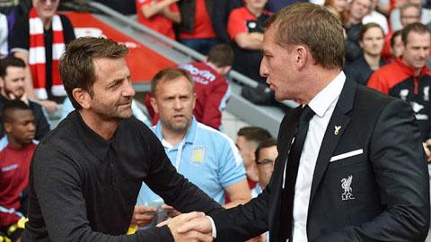 HLV Rodgers (phải) đang được nhắm thay Sherwood ngồi vào ghế nóng ở Aston Villa