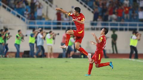 Các cầu thủ Việt Nam rất quyết tâm đánh bại Thái Lan - Ảnh: Đức Cường