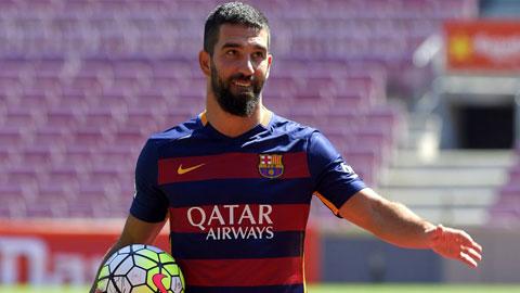 Barca đã mua Turan nhưng chưa thể sử dụng cầu thủ này