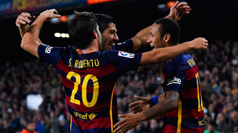 Neymar ghi 4 bàn cho Barca trong thắng lợi 5-2 trước Vallecano