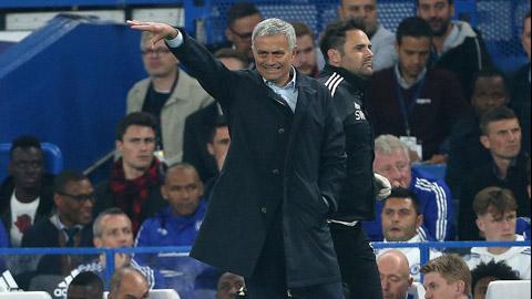 HLV Mourinho luôn cảm thấy áp lực