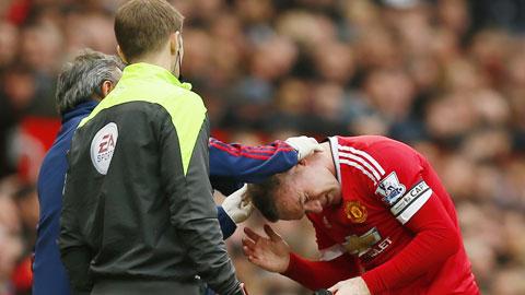 Rooney vẫn thi đấu năng nổ nhưng hiệu quả chỉ là con số 0