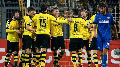 Vòng 2 cúp QG Đức: Dortmund có chiến thắng đậm nhất từ đầu mùa