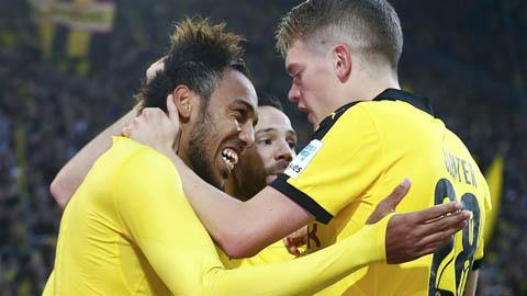 Dortmund 3-2 Schalke: Sắc vàng phủ vùng Ruhr