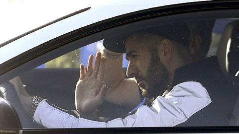 Benzema được chứng minh không tống tiền, trở lại tập luyện cùng Real Madrid