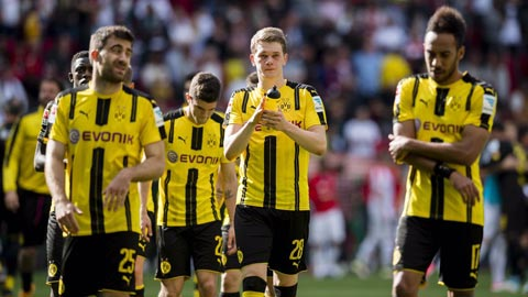Dortmund nguy cơ bật khỏi Top 3