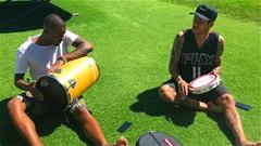 Thế giới sao 16/5: Neymar phô diễn khả năng chơi nhạc