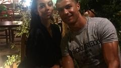 Thế giới sao 1/8: Ronaldo hạnh phúc bên bạn gái