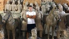 Thế giới sao 22/8: Figo viếng thăm lăng mộ Tần Thủy Hoàng