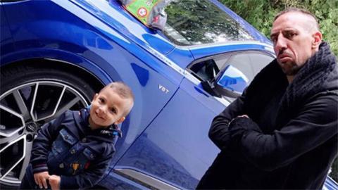 Thế giới sao 5/9: Ribery đưa con trai đi học