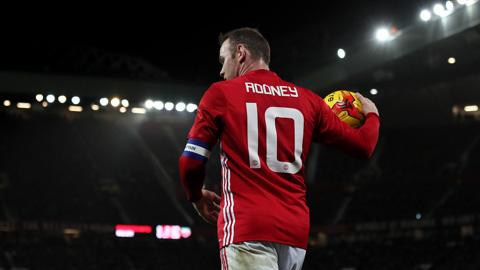 Góc khuất sau sự nghiệp hoành tráng của Rooney tại M.U