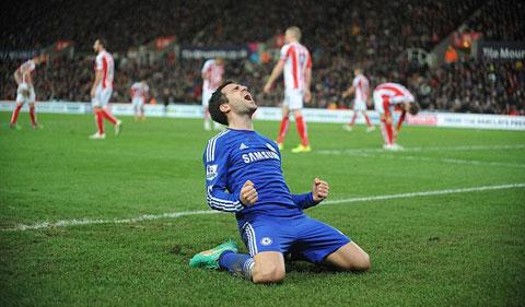 Stoke 0-2 Chelsea: Fabregas tỏa sáng, Chelsea củng cố ngôi đầu - ảnh 3